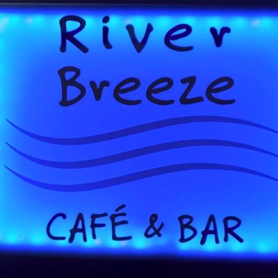 River Breeze Cafe & Bar